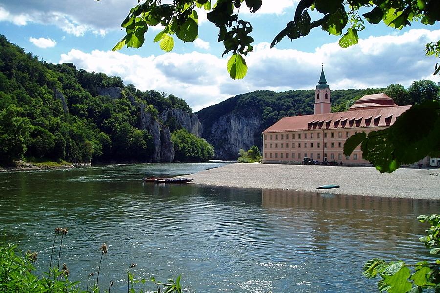 Der Donau Radweg :: günstig mit Bayern Radtour